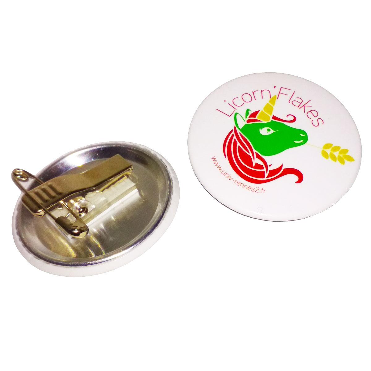 Komponenty do maszynki do składania znaczków z zapięciem typu żabka