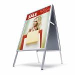 Dwustronny potykacz reklamowy z ramą zatrzaskową z ostrym narożnikiem - format A1