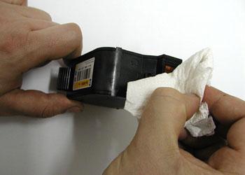 Specjalny żel do zabezpieczania głowic w kartridżach czarnych i kolorowych
