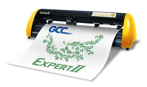 Ploter tnący GCC Expert II 24LX